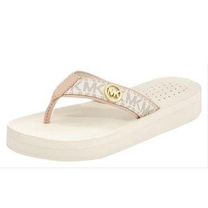 NEW Michael Kors Gage Flip flop mini mk logo vanil